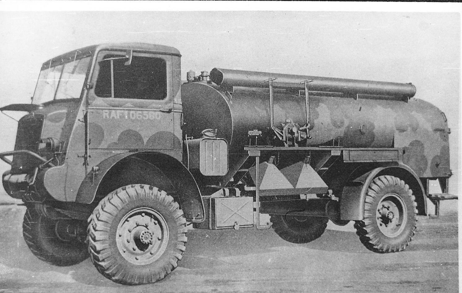 001 - QL Petrol Tanker.jpg