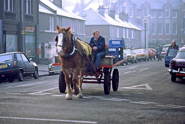 0_my_photographs_edinburgh_at_work_-_st_cuthbert_milk_deliveries_bellevue_road_av12.jpg