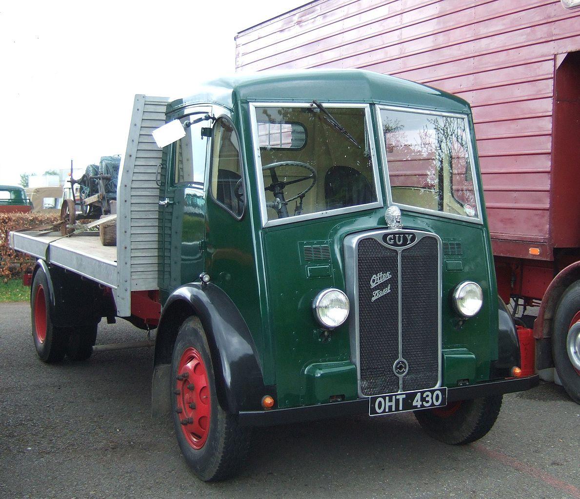 1189px-Guy_Otter_diesel_lorry,_Castle_Combe.jpg
