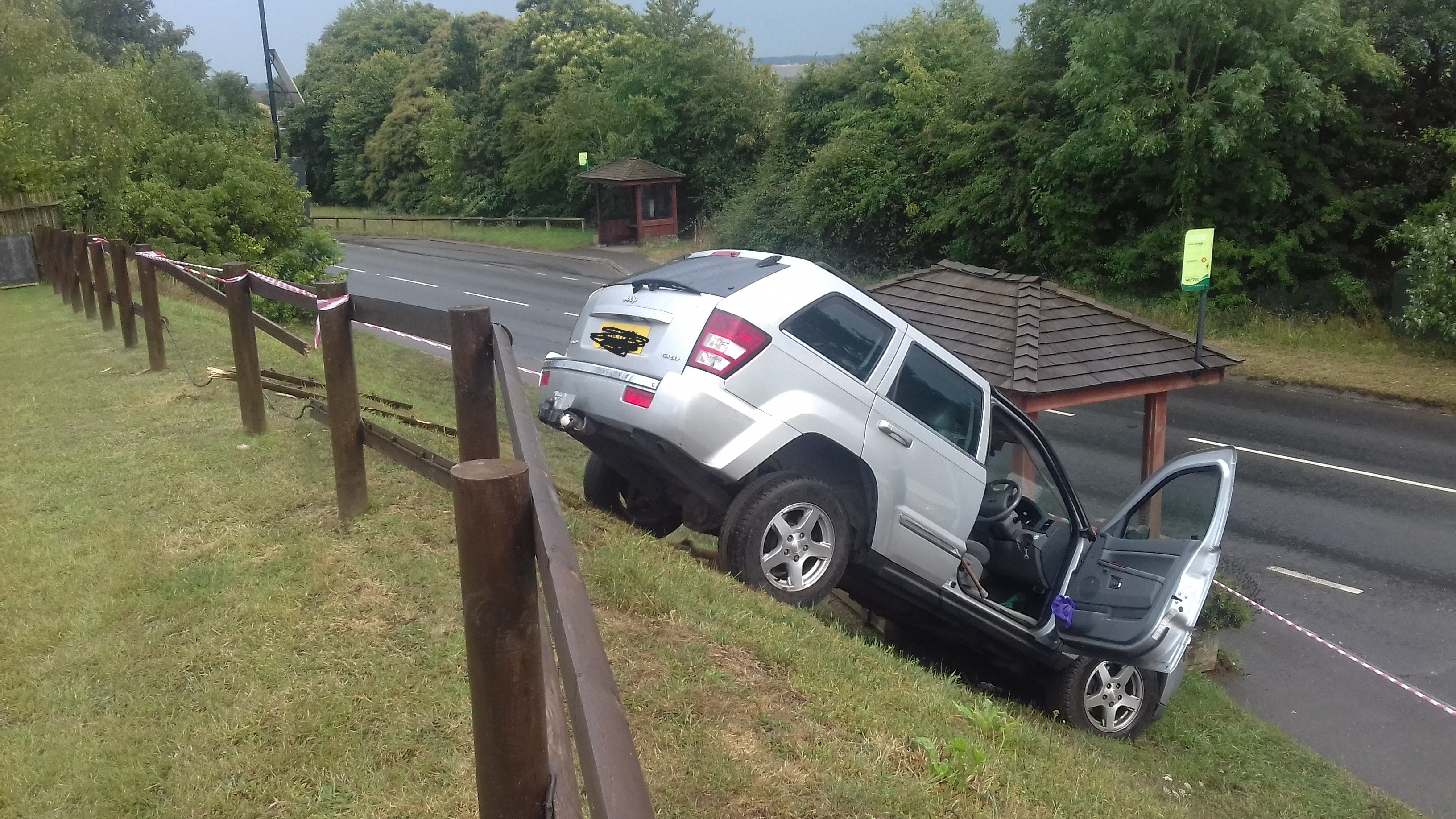2020 Barns car accident July 14 no number plate.jpg