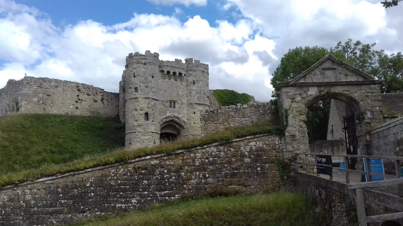 2020 Carisbrooke Castle 1 Aug 3.jpg