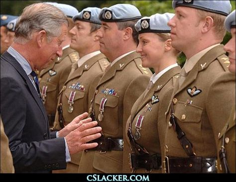 275f19ca70cefa19701e14b971e4d8f9--perfectly-timed-photos-prince-charles.jpg