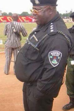 27e120ef4d81cbf3d7b98df357ab9a8d--police-officer-cops.jpg