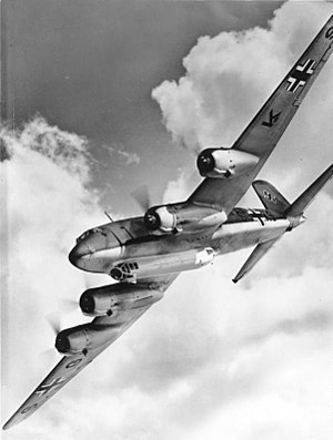 300px-Bundesarchiv_Bild_146-1978-043-02,_Focke-Wulf_Fw_200_C_Condor.jpg
