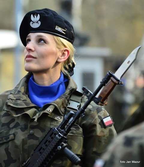 3329a39c3ba45124672e89e55b8caa06--female-soldier-female-warriors.jpg