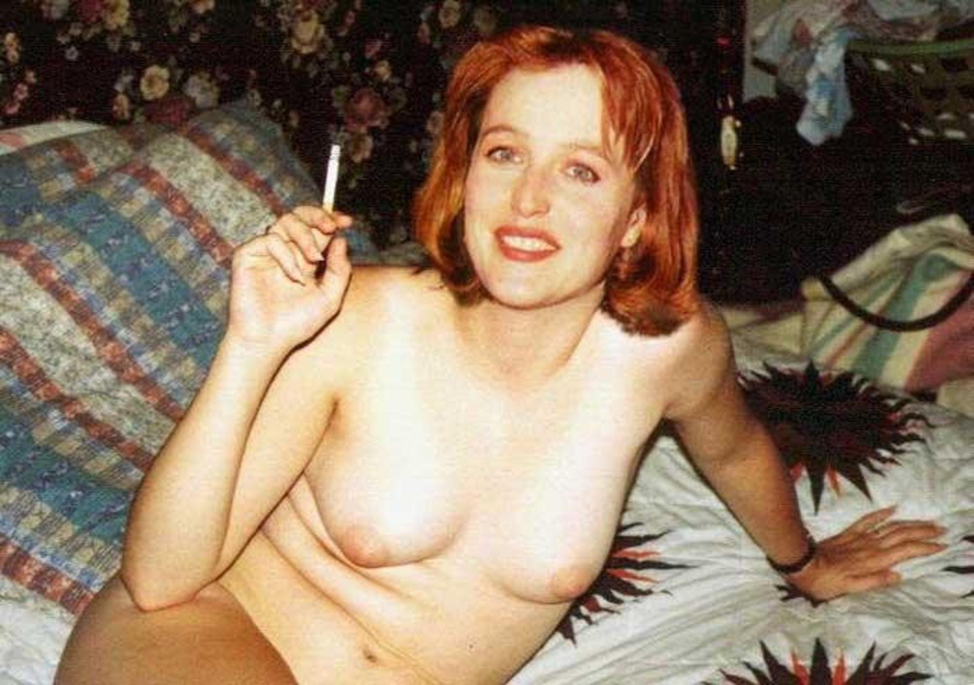 Посмотреть порно с джиллиан андерсон 19 фотография