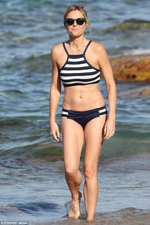 491ED91E00000578-5379823-Hot_mama_On_Thursday_Weekend_Today_and_60_Minutes_host_Allison_L-a-62...jpg