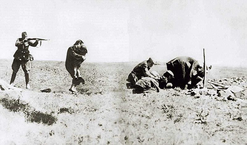 800px-Kiev_Jew_Killings_in_Ivangorod_1942a1.jpg