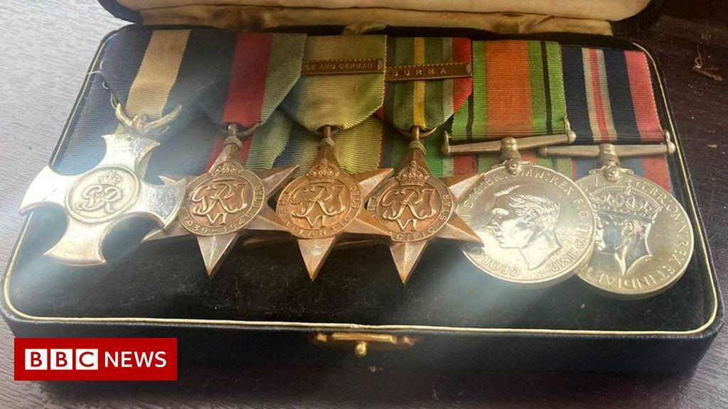 _120453938_medals1_kimberleyfarnsworth_1__7a7d69b41dd4d7ae4e6fef5c04c6c6834d54ec99.jpg