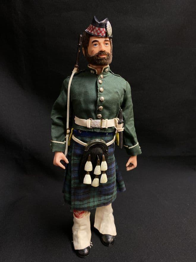 action-man-argyll-sutherland-highlander-on-brown-bearded-figure-ref2-9097-p.jpeg