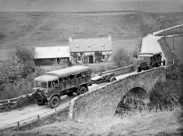 AEC Matador Early Production Type - artillery tractors towing 6-inch howitzers.jpg