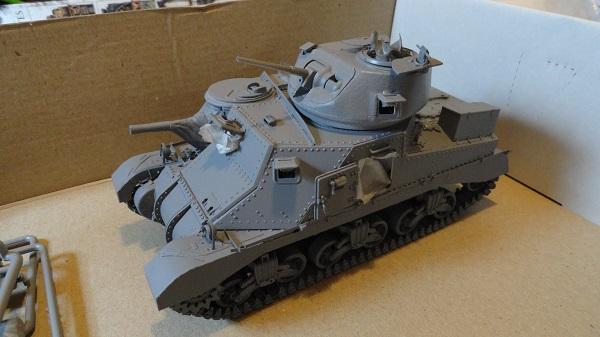 assembled tank in gey primer.jpg