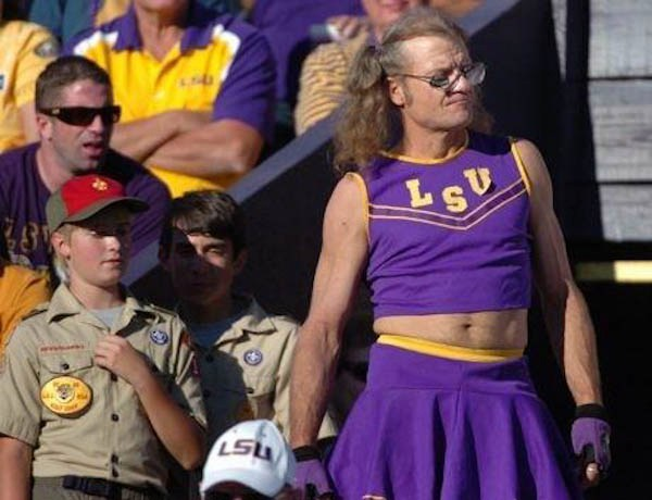 awkward-male-cheerleading-moments-9.jpg