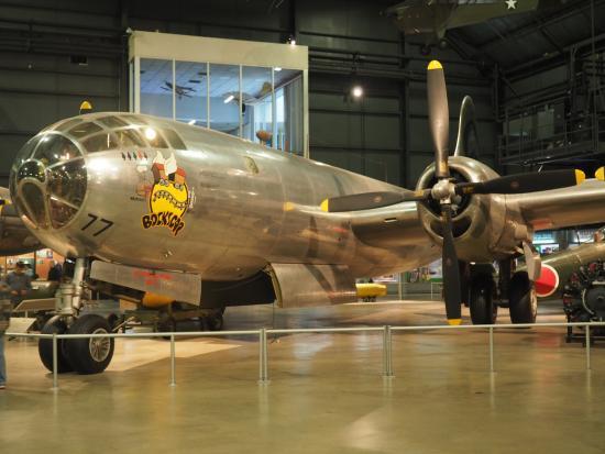 b-29-bockscar.jpg