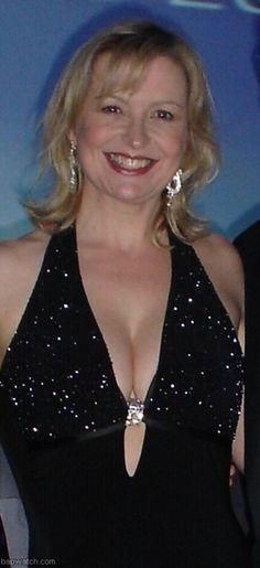 b91c211d53a7b6059042efb6b4d73cde--carol-kirkwood-beautiful-celebrities.jpg