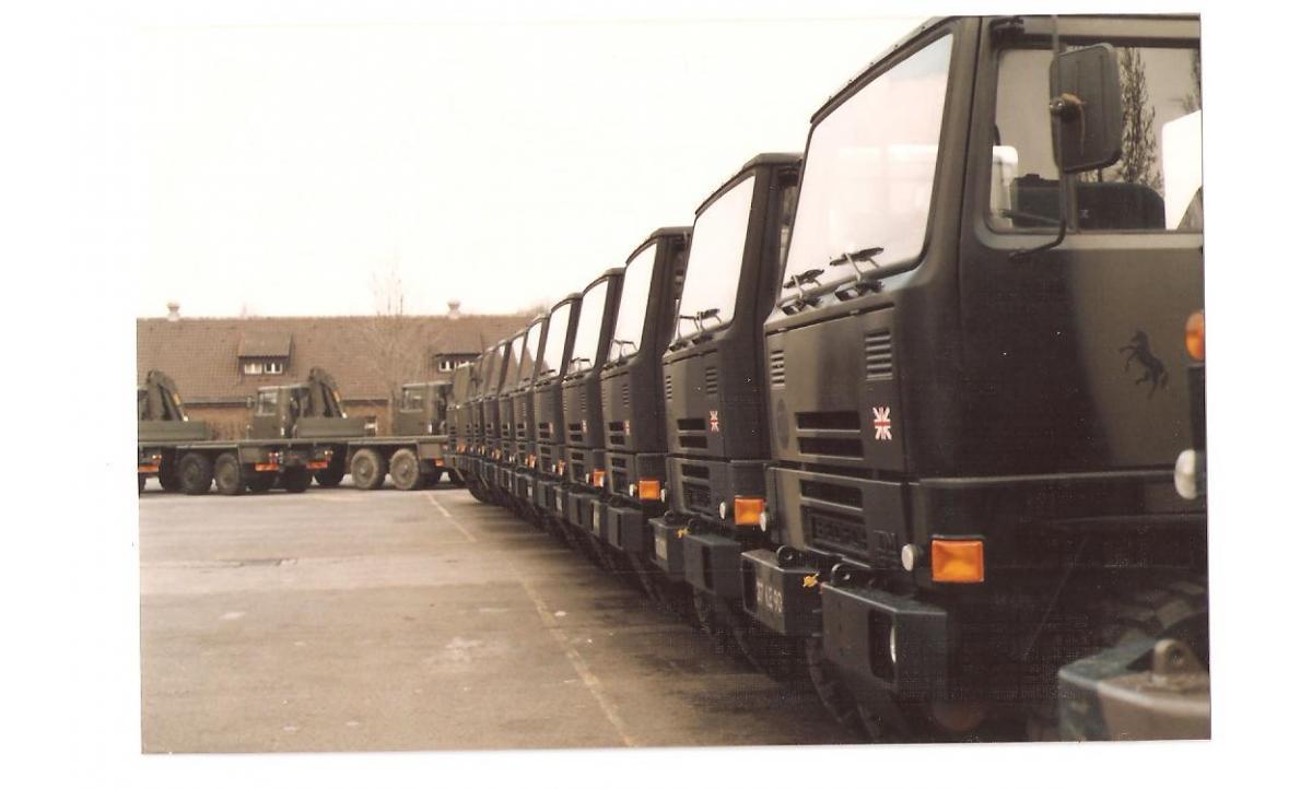 Bedford 14 Tonne 001 (2).jpg