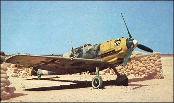 Bf-109 E-7 at rest in Libya (1941) .jpg