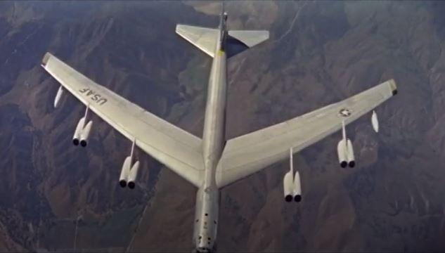Bombers B-52 -2.JPG