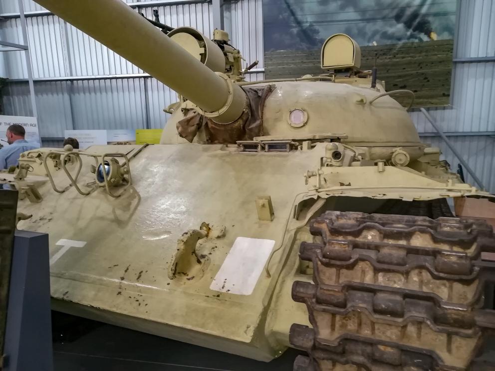 Bovington -T-62 (3) (Custom).jpg