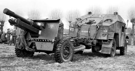 British 25 Pounder Field Gun .jpg