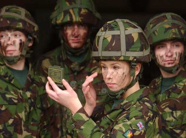 British_female_soldier.jpg