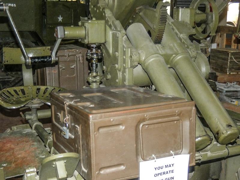 Castletown D-Day Centre-40mm Bofors Light Anti-Aircraft Gun L60 (13).jpg