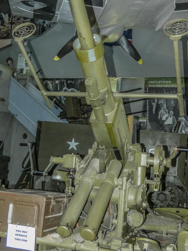 Castletown D-Day Centre-40mm Bofors Light Anti-Aircraft Gun L60 (18).jpg