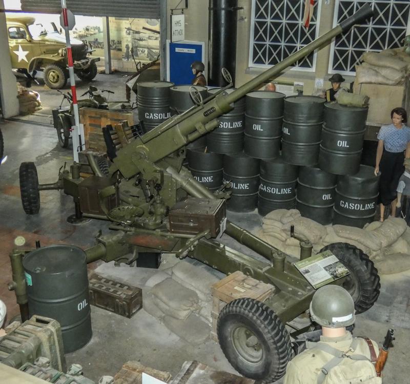 Castletown D-Day Centre-40mm Bofors Light Anti-Aircraft Gun L60 (19).jpg