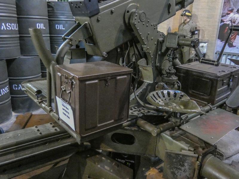 Castletown D-Day Centre-40mm Bofors Light Anti-Aircraft Gun L60 (2).jpg
