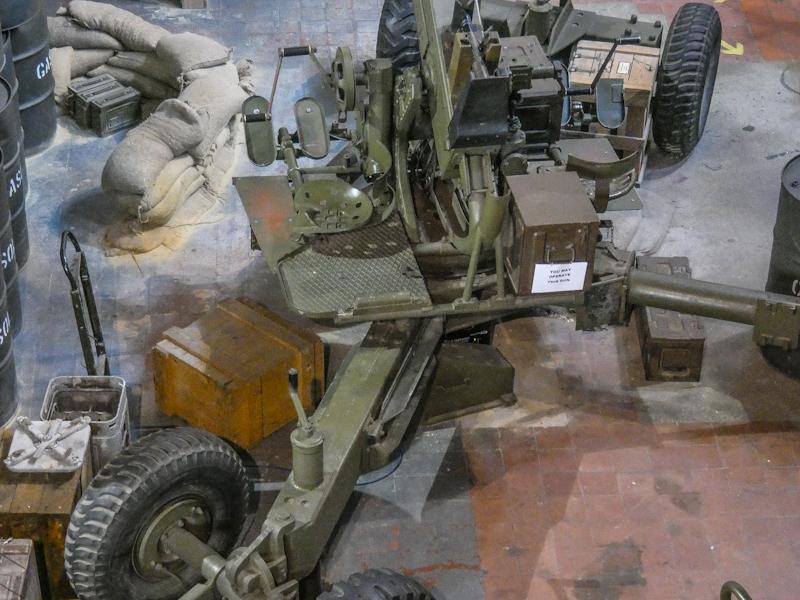 Castletown D-Day Centre-40mm Bofors Light Anti-Aircraft Gun L60 (20).jpg