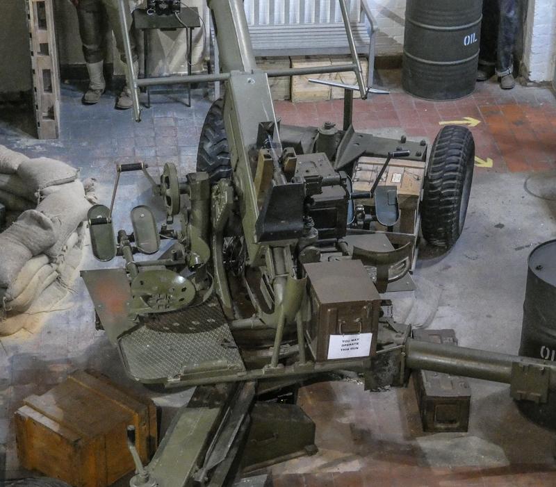 Castletown D-Day Centre-40mm Bofors Light Anti-Aircraft Gun L60 (21).jpg