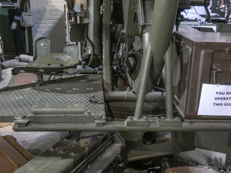 Castletown D-Day Centre-40mm Bofors Light Anti-Aircraft Gun L60 (6).jpg