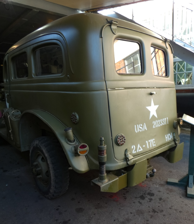 Castletown D-Day Centre - Dodge WC10 Carryall (4) (Custom).jpg