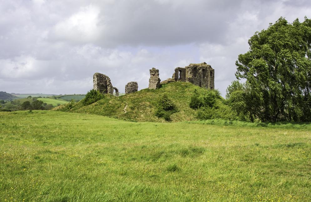 Clun Castle (1).jpg