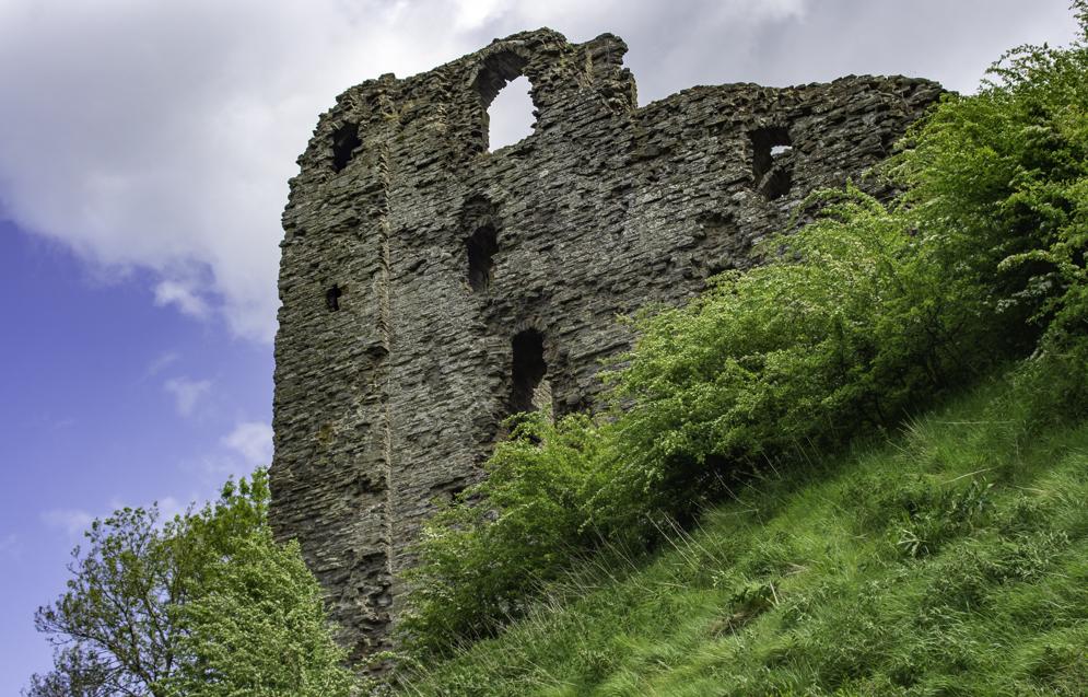 Clun Castle (16).jpg