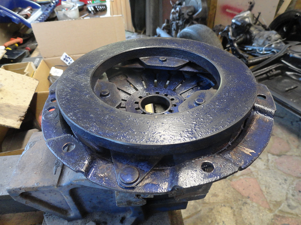 clutch plate krusted.png