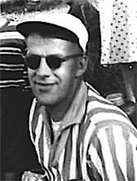 Discreet Dad ca 1959.jpg