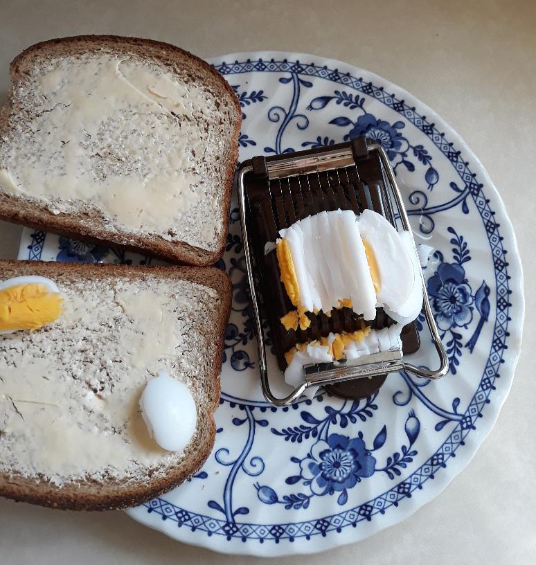 duck egg sarnie 1.jpg