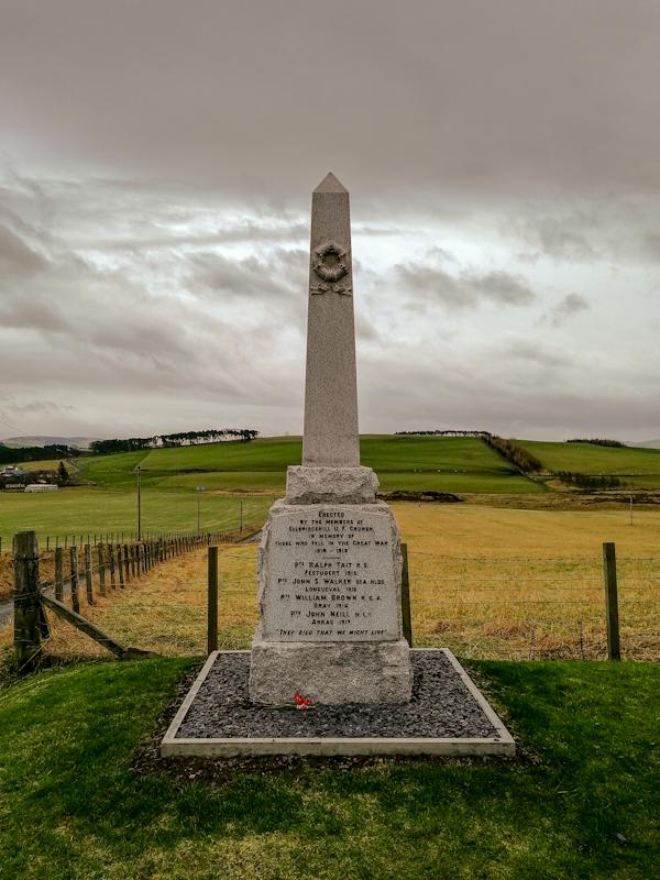 elsrickle war memorial (1).jpg