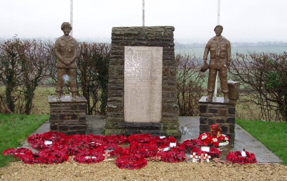 Enhanced Double Hills Memorial, Dec 2009.jpg