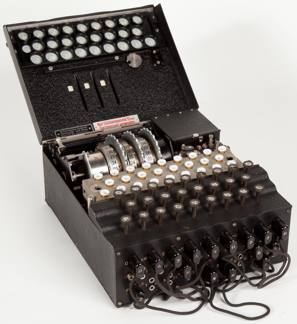 Enigma_(crittografia)_-_Museo_scienza_e_tecnologia_Milano.jpg