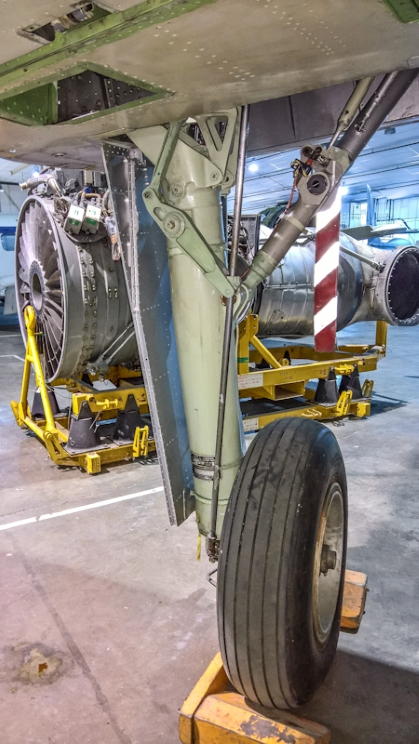 Fairey Gannet AEW (16) (Custom).jpg