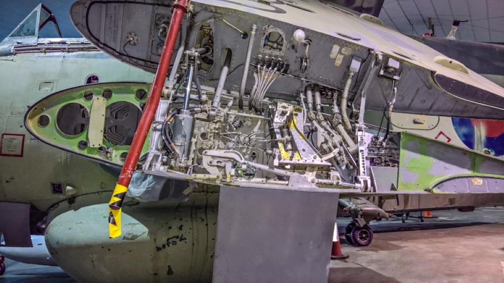 Fairey Gannet AEW (17) (Custom).jpg