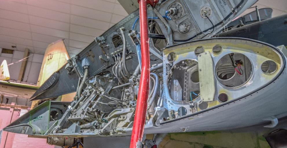 Fairey Gannet AEW (9) (Custom).jpg