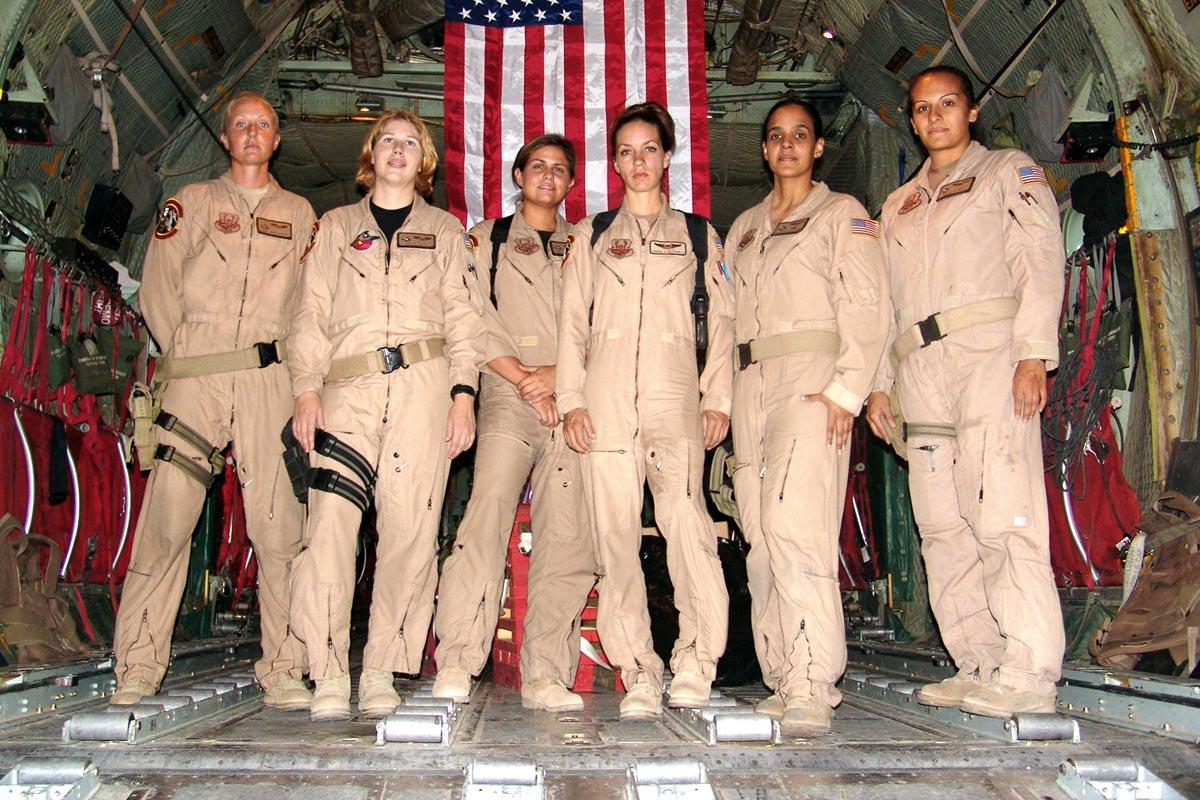 female-c130-crew-1200.jpg