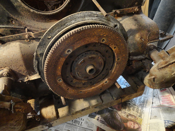 fly wheel with clutch removed.png