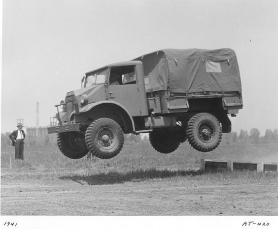 Ford CMP 15 CWT - 4x4 British 1941..jpg