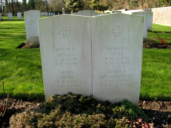 German war graves on Thorney Island a.jpg