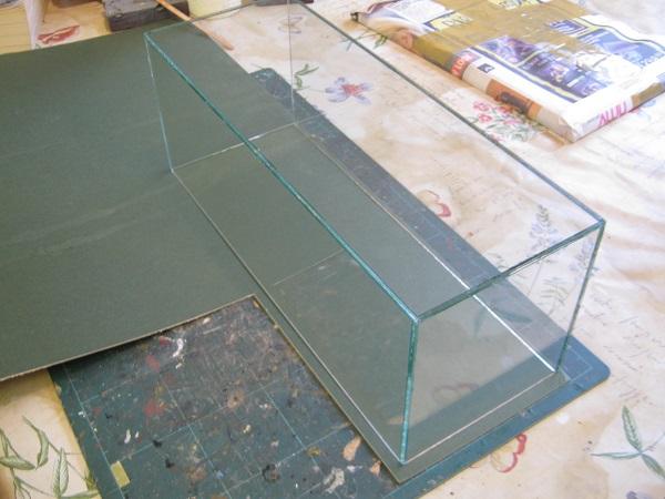 glass case base.jpg