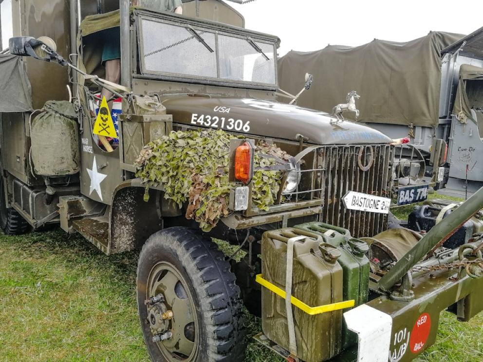 Gloucestershire Vintage & Country Extravaganza -Trucks (22) (Custom).jpg